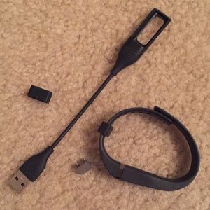 Accessories - Fitbit Flex charger, band and extra accessories